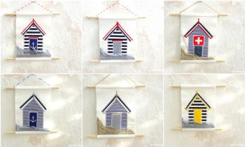 Beach House -  4 x 5.5 inches (13 x 18 cm)  / wooden profile: 6.5 inches (20 cm)